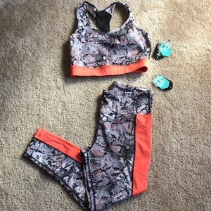 Lularoe Rise Snake Work out 7/8 brave and bra